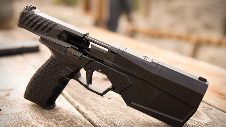 SilencerCo Maxim 9 – The world's first integrally suppressed 9mm pistol